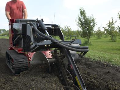 toro dingo 525 wide track with trencher