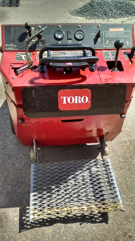 used toro dingo wide track
